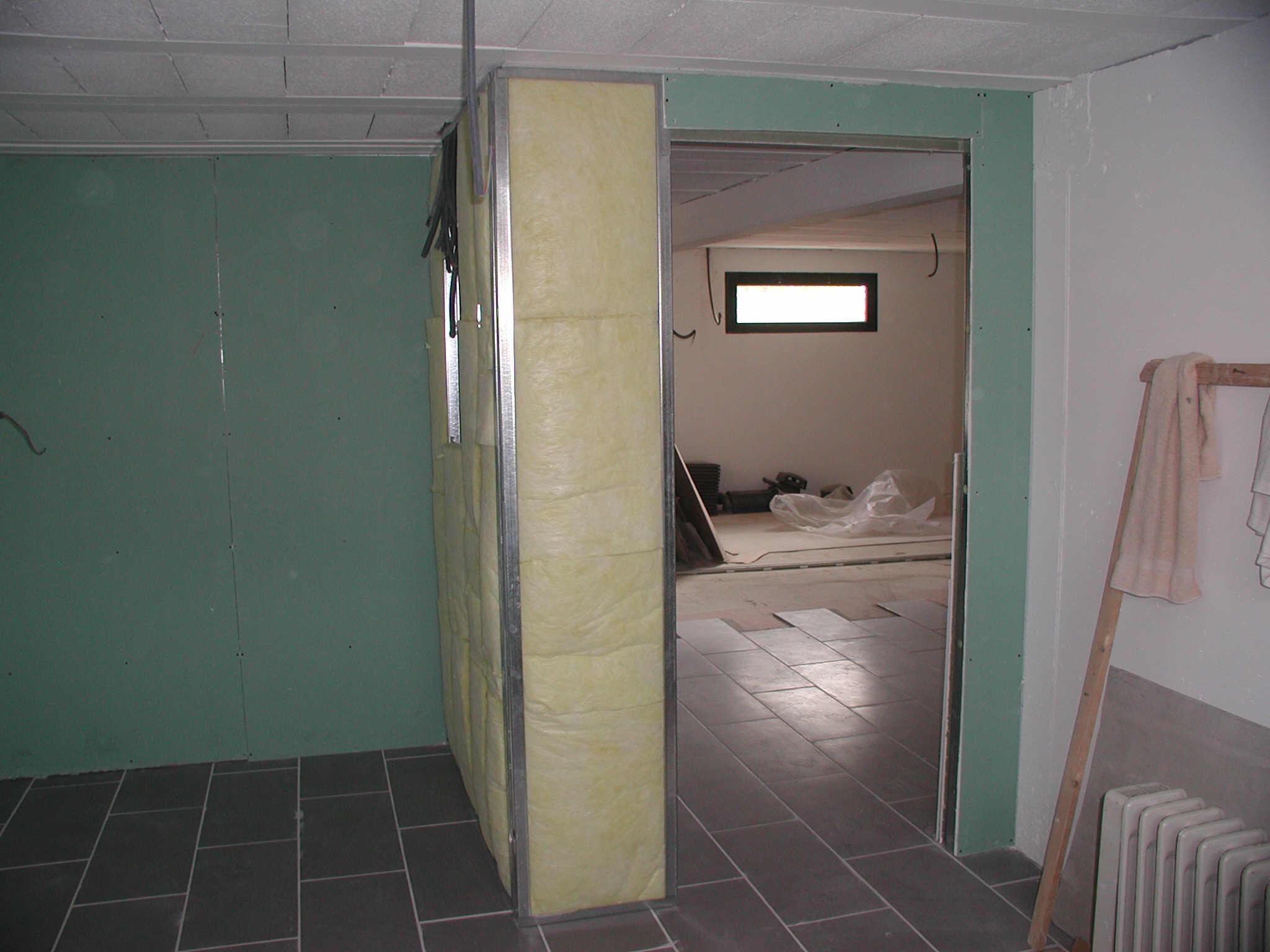 Pl tre for Plaque polystyrene pour plafond